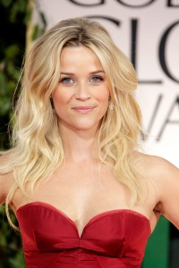 Reese-Witherspoon-celebrated-her-birthday-last-week-her-wavy